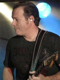 Tommy Castro Blues On Stage